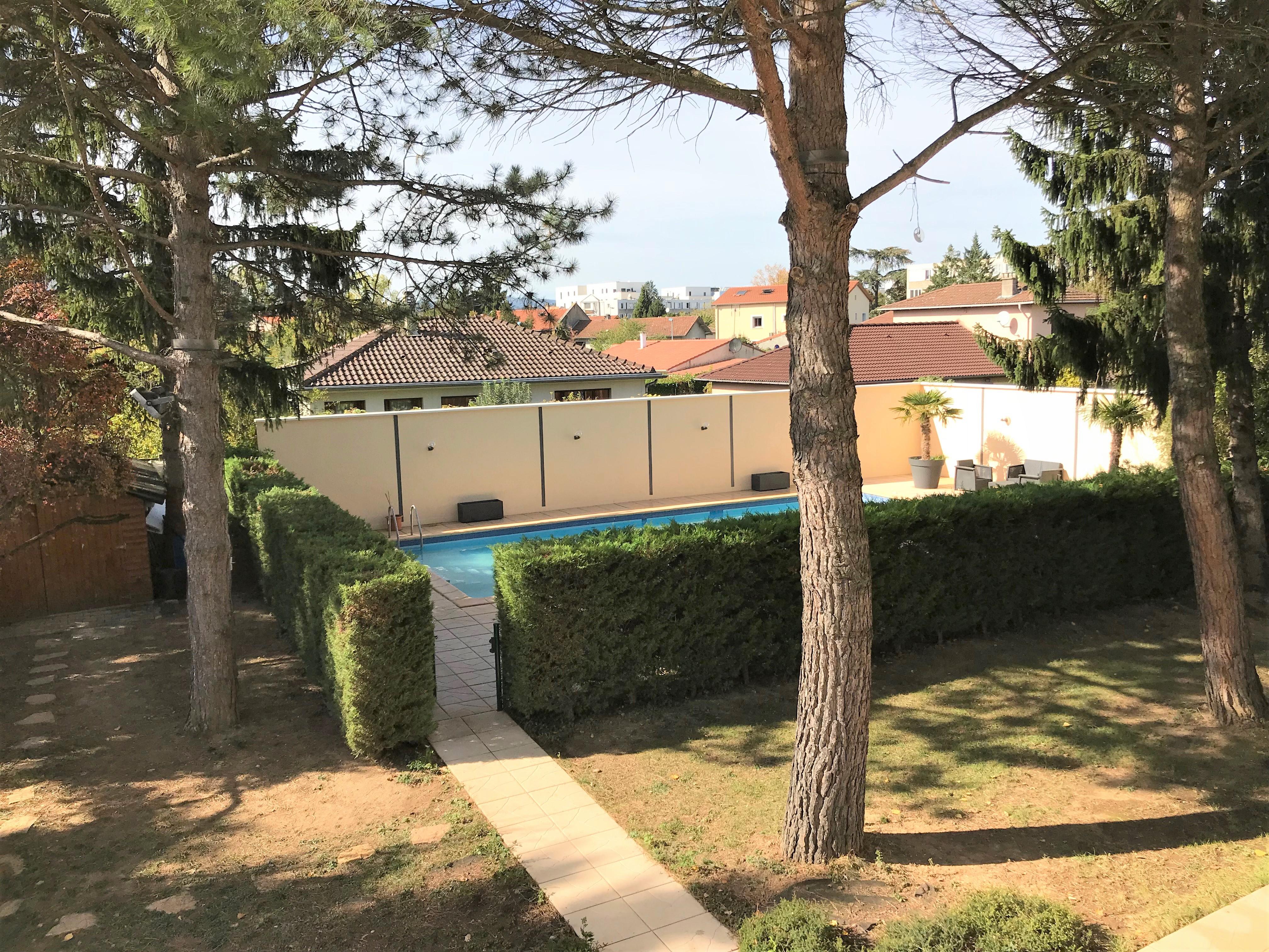Le coin piscine espace entreprise centre d 39 affaires for Entreprise piscine